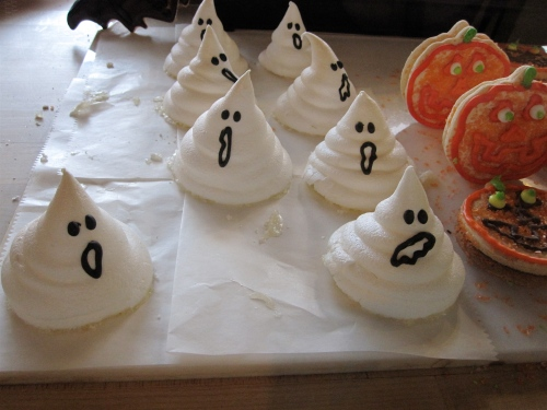 Ghostly meringues at Work of Art