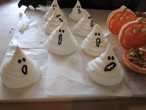 Ghostly meringues at Work of Art
